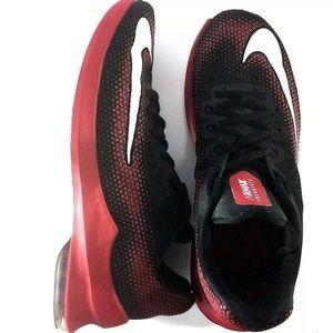 Nike Men's Air Max Infuriate Basketball Sneakers